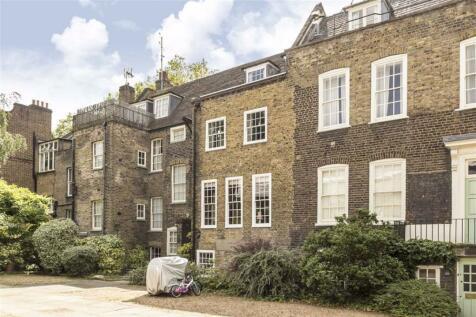 Stepney Green, London. 5 bedroom terraced house