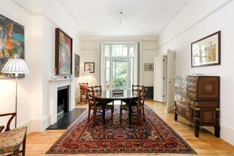 Regents Park Road, Primrose Hill, London, NW1. 4 bedroom apartment