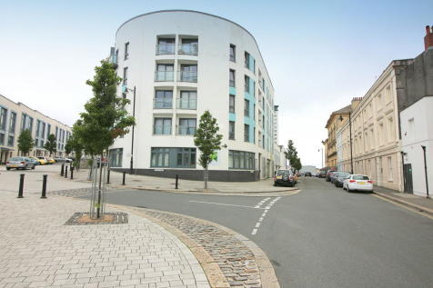 Duke Street, Plymouth. 2 bedroom apartment