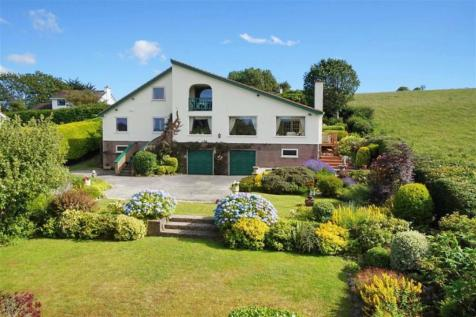 Cadnant Park, Conwy. 5 bedroom detached house