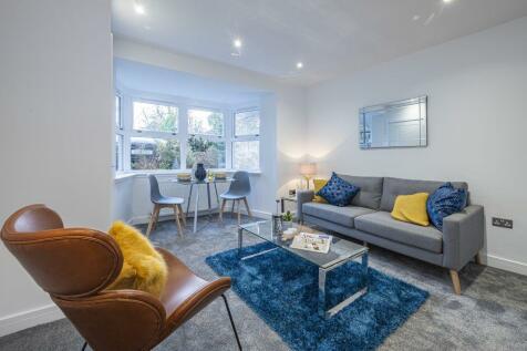 7B, Park Terrace, Stirling, FK8 2JT. 2 bedroom flat for sale