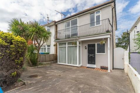 Wroxham Road, POOLE, Dorset. 3 bedroom detached house