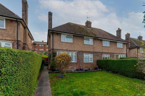 Vale Road, Seaford, East Sussex, BN25 3HB. 3 bedroom house for sale