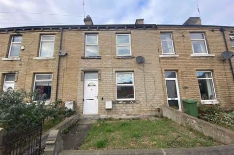 Leeds Road, Huddersfield, HD1. 2 bedroom terraced house