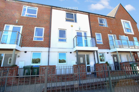 Samas Way, Crayford. 4 bedroom terraced house for sale