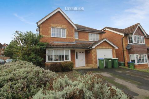 Woolbrook Road, Braeburn Park, Crayford. 5 bedroom detached house