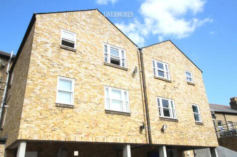 Bexley High Street, Bexley. 1 bedroom flat