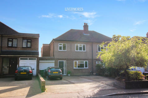 London Road, Crayford. 4 bedroom semi-detached house for sale