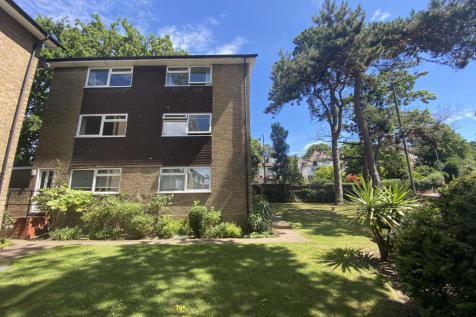 Shelbey Court Farnaby Road, Bromley, BR1. 2 bedroom maisonette