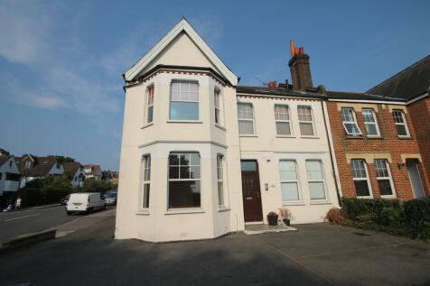 199 Widmore Road, Bromley, Kent, BR1. 2 bedroom flat