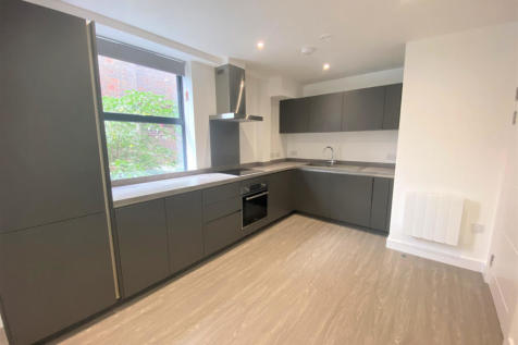 19-21 Homesdale Road, Bromley, Kent, BR2. 2 bedroom apartment