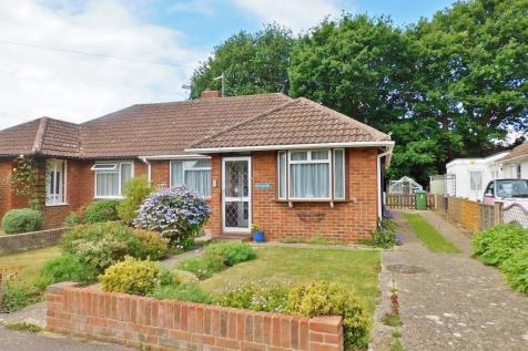 Mancroft Avenue, Stubbington. 3 bedroom semi-detached bungalow