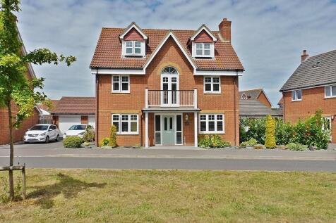 Proctor Drive, Lee-on-the-Solent. 5 bedroom detached house