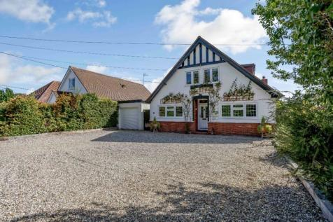 Writtle Road, Chelmsford, Essex. 4 bedroom detached house
