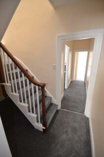 High Street, Rochester, Kent, ME1. 2 bedroom apartment