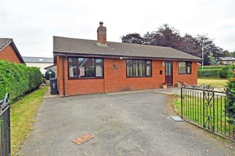 Sychpant, Newbridge-On-Wye, Llandrindod Wells, Powys, LD1. Bungalow for sale