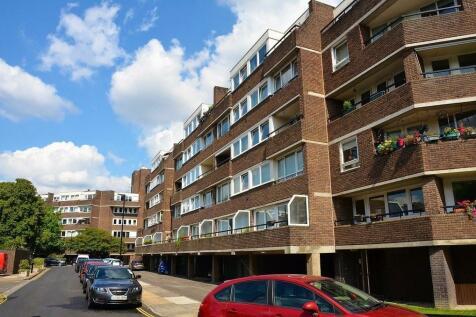 Otho Court, Brentford Dock, TW8. 1 bedroom flat