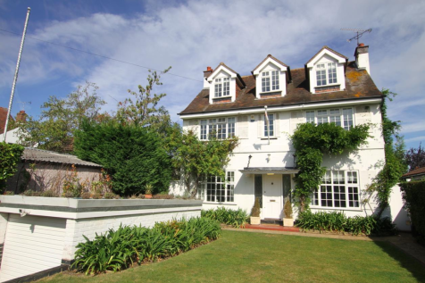 Hamboro Gardens, Leigh-On-Sea. 5 bedroom detached house