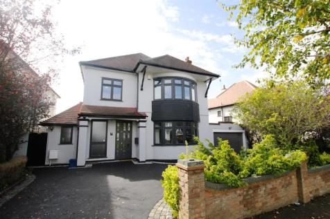 Kings Road, Westcliff-On-Sea. 4 bedroom detached house for sale