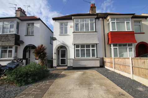 Cromwell Road, Southend-On-Sea. 3 bedroom semi-detached house