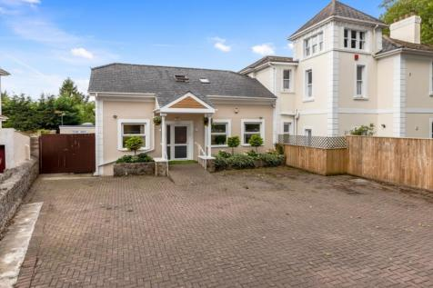 Cary Park, Torquay. 3 bedroom semi-detached house