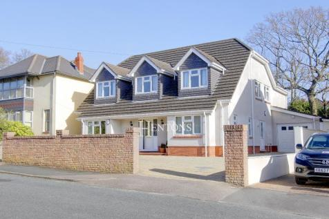 Bettws-Y-Coed Road, Cyncoed, Cardiff. 5 bedroom detached house