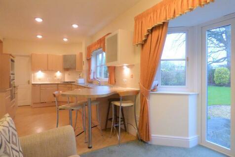 Spruce Avenue, Lancaster. 5 bedroom detached house for sale