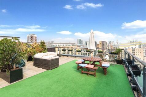 Limehouse Basin, E14. 3 bedroom penthouse
