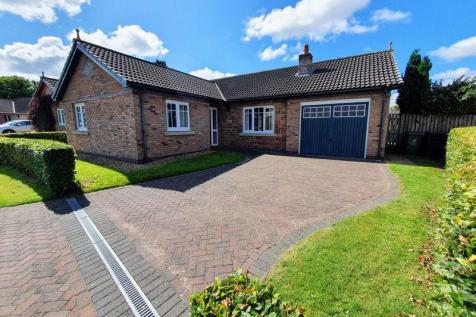 Oak Lane, Carlisle. 3 bedroom detached bungalow for sale