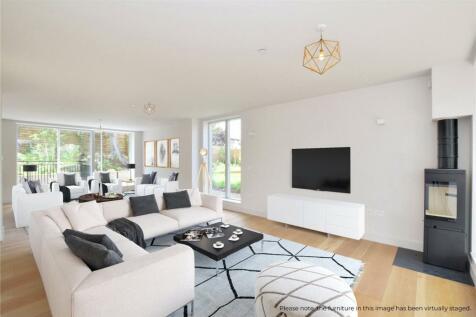 Foyle Road, Blackheath, London, SE3. 5 bedroom detached house