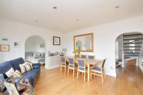 Red Lion Lane, Shooters Hill, London, SE18. 4 bedroom detached house