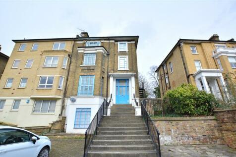 Granville Park, London, SE13. 2 bedroom apartment