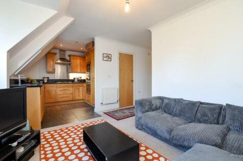 Keats House, Cottage Close, Harrow on the Hill, HA2. 1 bedroom flat
