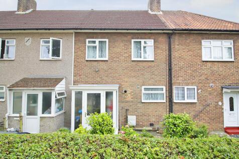 Downham Way, Bromley, Kent, BR1. 3 bedroom terraced house