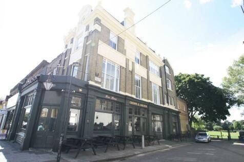Brixton Road, London, Greater London, SW9. Studio flat