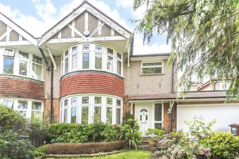 Hillview Road, Pinner, Middlesex, HA5. 4 bedroom semi-detached house for sale