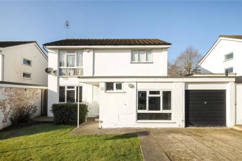 Ferndown Close, Pinner, Middlesex, HA5. 4 bedroom detached house for sale