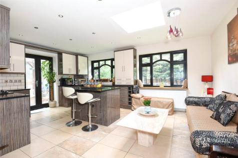 Sylvia Avenue, Pinner, Middlesex, HA5. 5 bedroom semi-detached house for sale