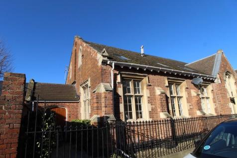Old School House, Devonshire Street. 2 bedroom end of terrace house