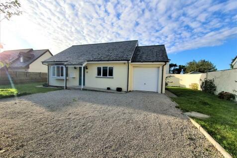 Rosudgeon, Penzance. 2 bedroom detached bungalow