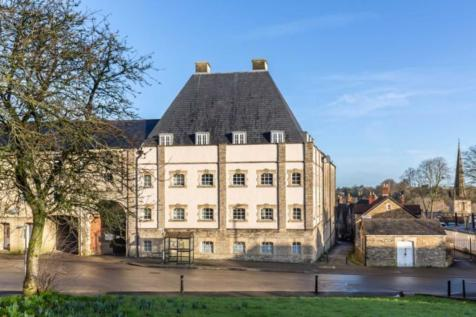 Christchurch Street East, Frome. 2 bedroom apartment