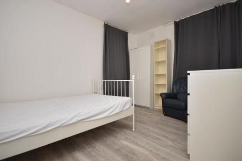 Room - Spelman House, Spelman Street, London, E1. 1 bedroom flat share