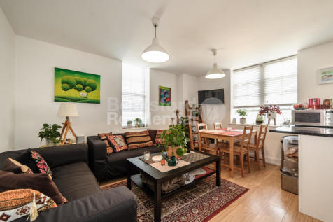 Norwood Road, Tulse Hill. 2 bedroom flat