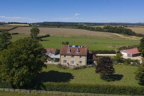 Splendid Country House with stunning accommodation and fantastic views. 7 bedroom country house