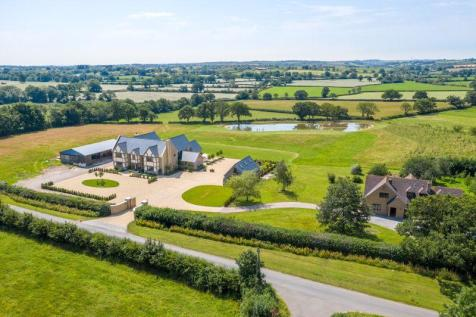 Bruton - stunning contemporary family home with land. 4 bedroom detached house