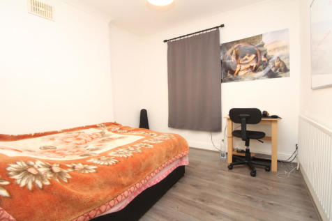 St. Mark Street, Aldgate, E1. 1 bedroom apartment