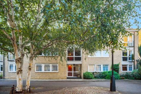 Chester Close South, London, NW1. 2 bedroom flat