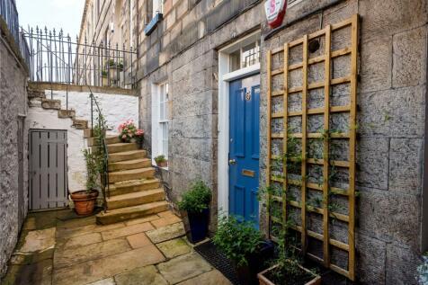 15A Albany Street, New Town, Edinburgh, EH1. 2 bedroom apartment