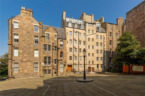 Blackie House, Lawnmarket, Edinburgh, EH1. 3 bedroom apartment for sale