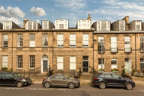 18A Albany Street, New Town, Edinburgh, EH1. 4 bedroom apartment